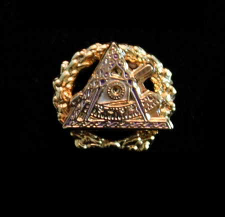 Two Piece Past Grand Illustious Master Lapel Pin