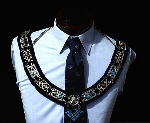 High Twelve Collar - International