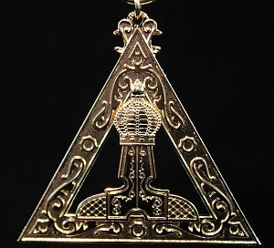 Royal Arch King Officer Collar Jewel