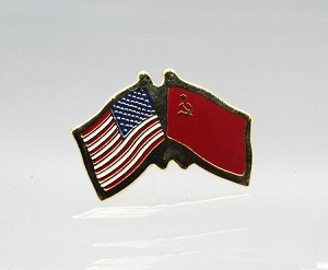 US/USSR Friendship Flag Lapel Pin